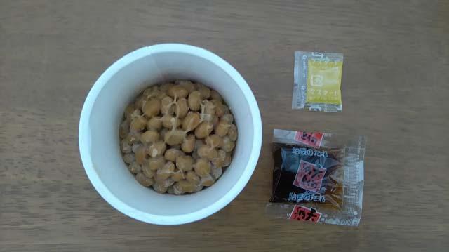 丸カップ入り納豆開封後2